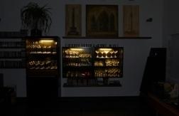 Glasvitrinen beleuchtet
