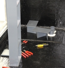 mittig: Sockel für Filterrahmen
