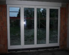 Küchenfenster/zukünftiger Terrassenausgang