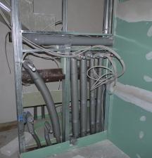 Anschlussleitungen für die Wärmepumpe