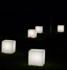 Eiswürfel bei Nacht