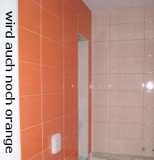 Linke Seite mit Nische über Badewanne